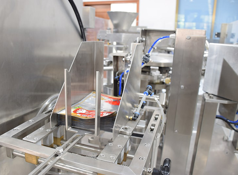 Automatic Premade Pouch Fill And Seal Machine For Nuts