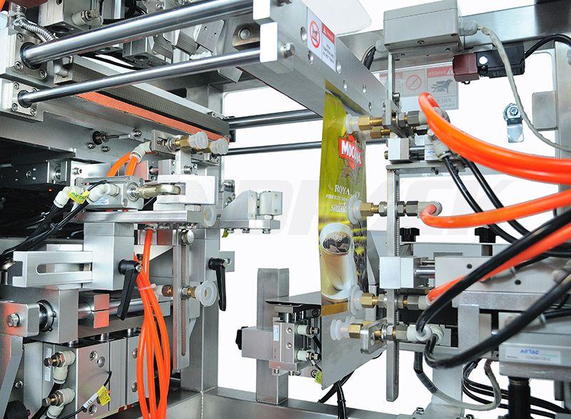 liquid doypack filling machine